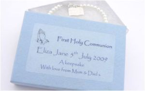 communion gifts like this bible charm bracelet